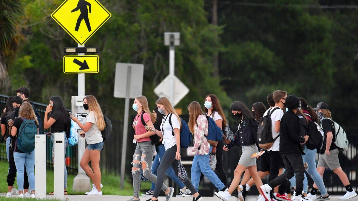 Sarasota-Manatee schools COVID-19 update: Hundreds quarantined; low positive numbers -Tribune