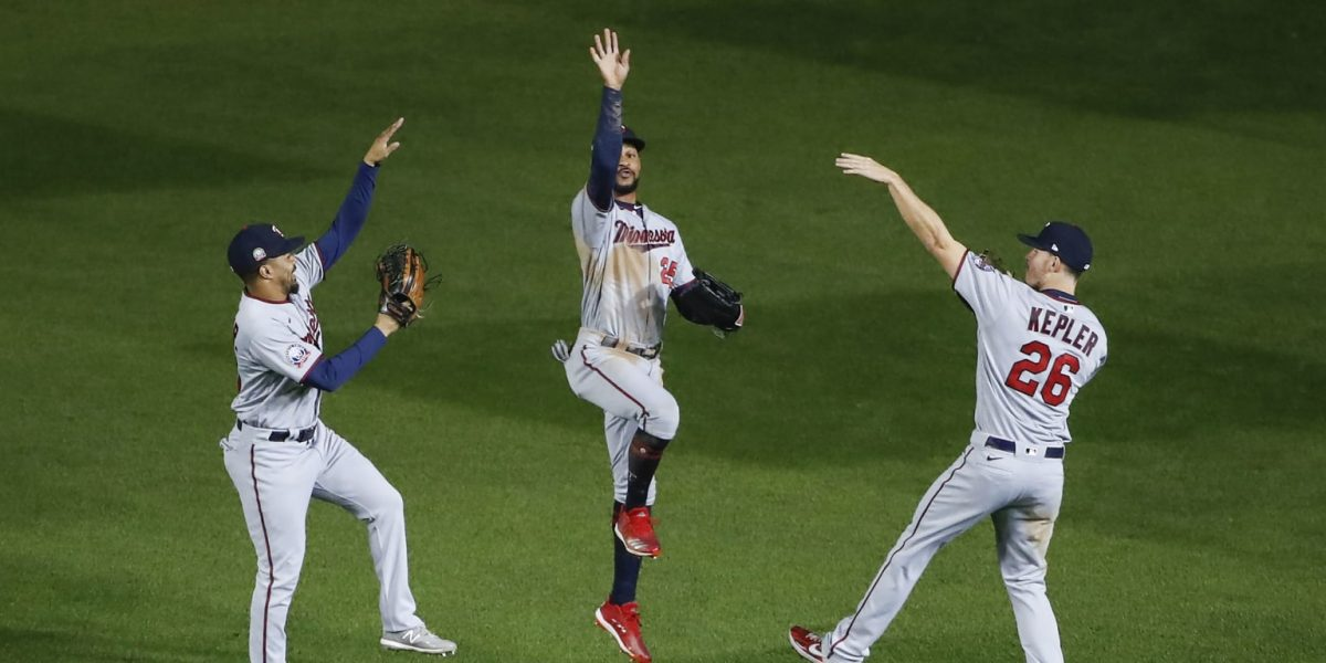 Twins clinch return to postseason