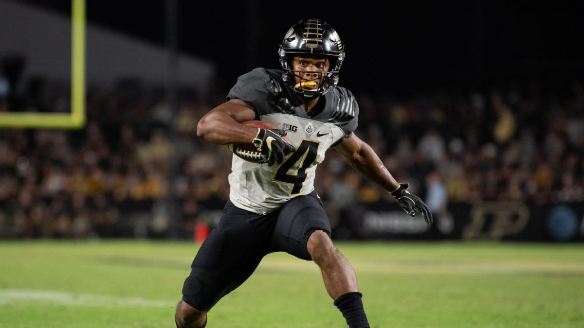 Purdue WR Rondale Moore opts back in for 2020 season