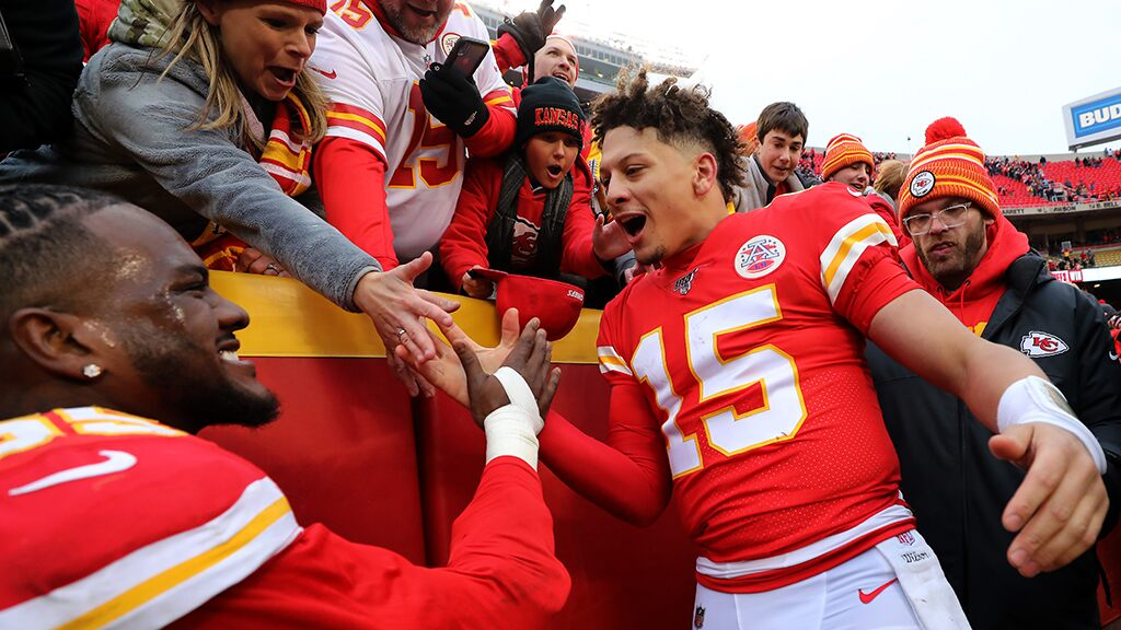 Chiefs' Patrick Mahomes values playing in Kansas City over cities like New York: 'They care about the perso…