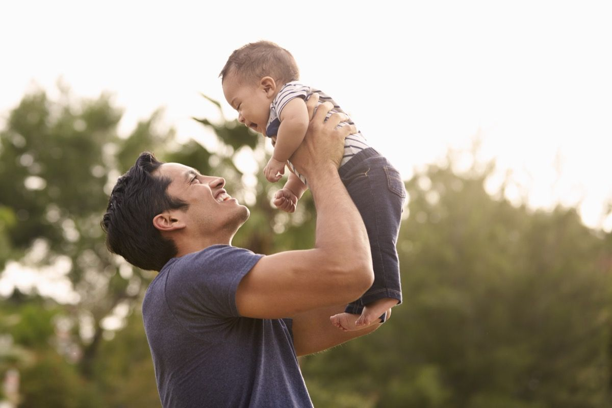 Dads Are Less Likely to Be Depressed If They Have This One Thing
